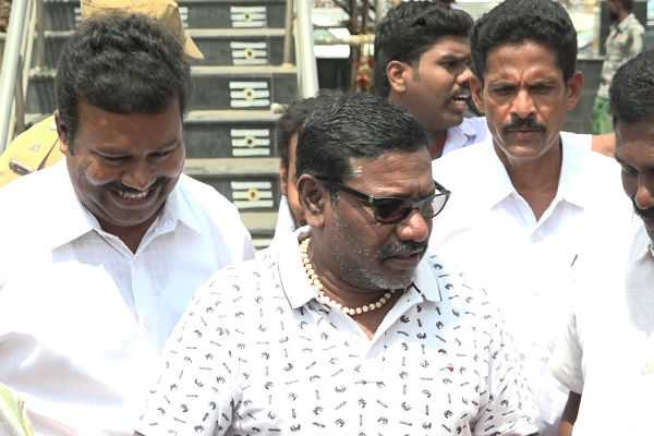 let-the-party-start-with-vijay-karunas