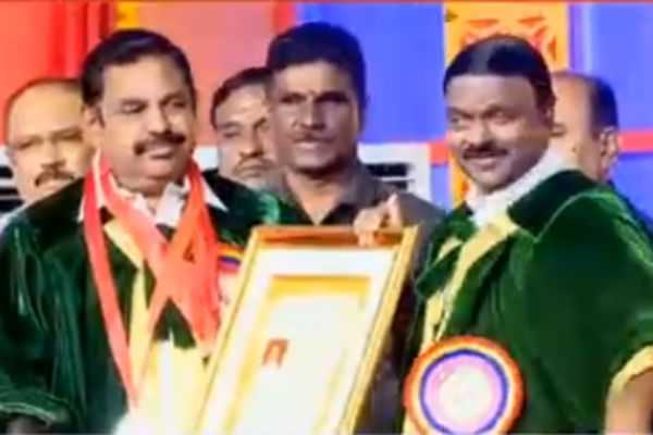 doctorate-for-chief-minister-palanisamy