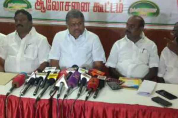 cannot-hold-local-elections-by-dmk-case-gk-vasan