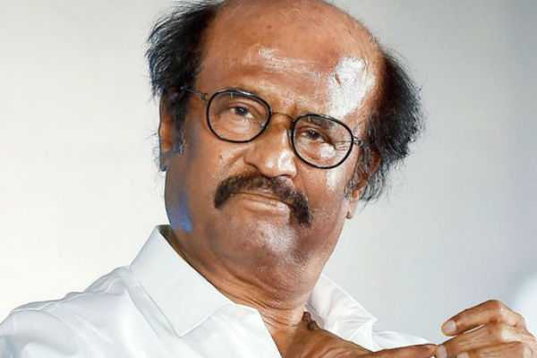 rajini-gives-houses-to-those-affected-by-the-gaja-storm