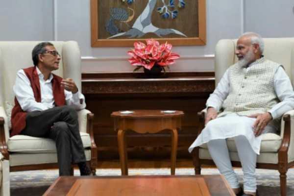 pm-modi-meets-noble-laureate-abhijit-banerjee