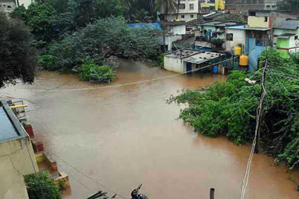 heavy-rains-in-karnataka-death-toll-rises-to-12