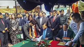india-pakistan-sign-agreement-on-kartarpur-corridor
