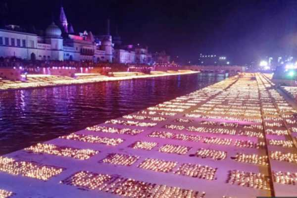 ayodhya-deepotsav-scripts-new-guinness-world-record-over-6-lakh-diyas-lit-up-saryu-banks