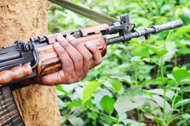 maoists-kill-three-in-kerala