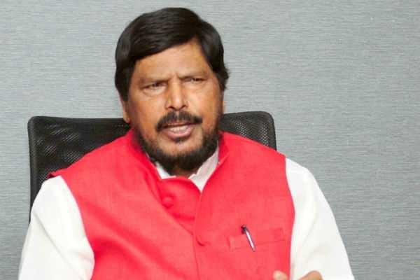 shiv-sena-should-accept-deputy-cm-post-for-aaditya-thackeray-union-minister-ramdas-athawale