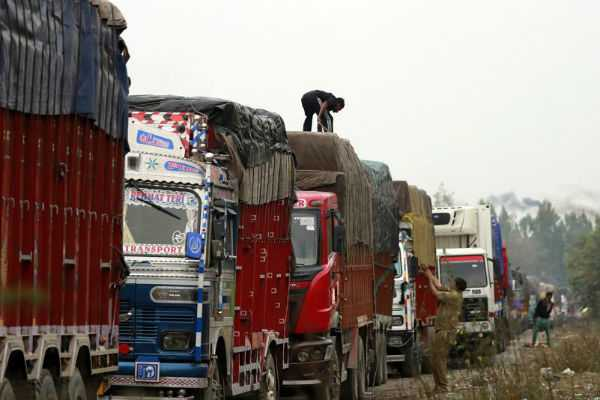 militants-kill-another-truck-driver-in-anantnag-fourth-in-two-weeks