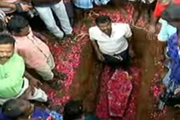 surjith-s-body-is-burial