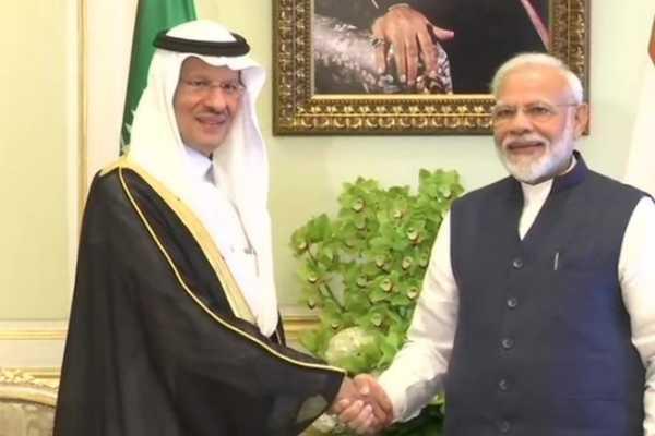 modi-meets-minister-of-energy-of-saudi-arabia