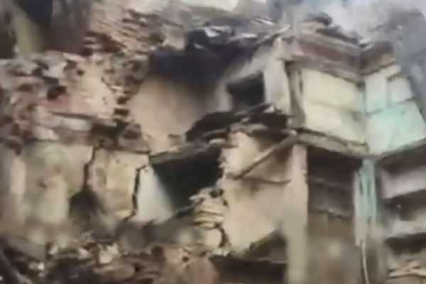 3-storey-building-collapses-in-vellore
