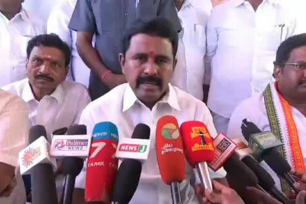 government-will-not-implement-projects-affecting-farmers-minister-kamaraj