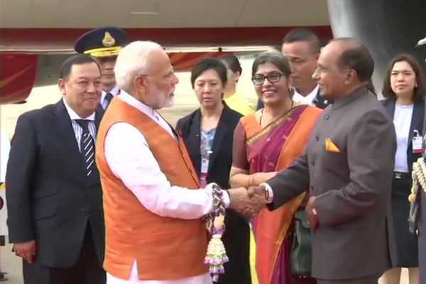 pm-modi-arrives-in-bangkok-for-his-3-day-visit-to-thailand