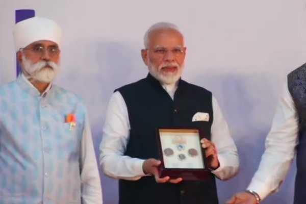 pm-modi-releases-commemorative-coin-marking-550th-birth-anniversary-of-guru-nanak