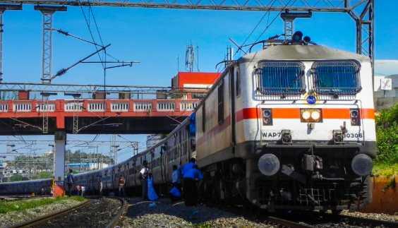 swatchh-rail-swatchh-bharat-report