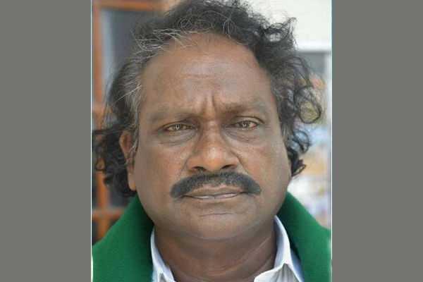 chief-minister-pays-homage-to-purushothaman-s-body