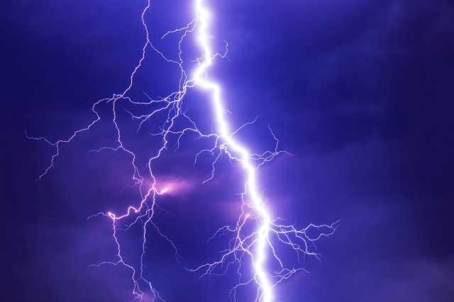4-people-injured-in-thunderstorms