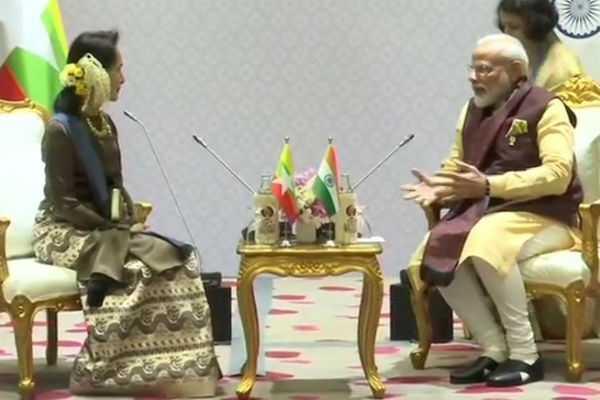 narendra-modi-meets-state-counsellor-of-myanmar