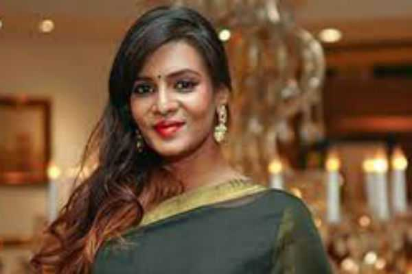 paying-to-the-police-department-to-use-meera-mithun