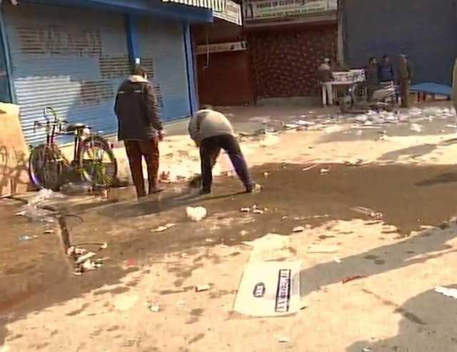 grenade-attack-in-jammu-and-kashmir-s-srinagar-1-dead-and-13-injured