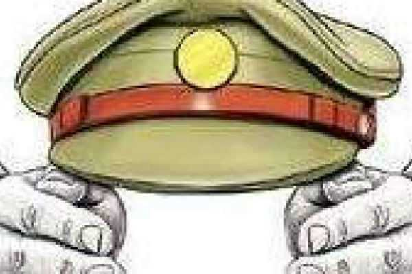 sub-inspector-suspended