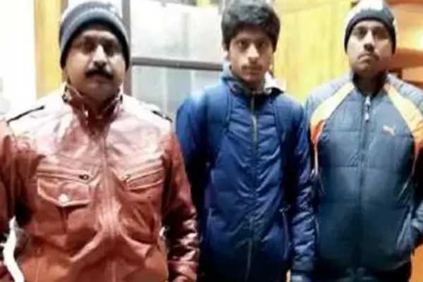 riches-to-rags-gujarat-oil-trader-s-missing-son-found-sleeping-on-roadside-in-shimla