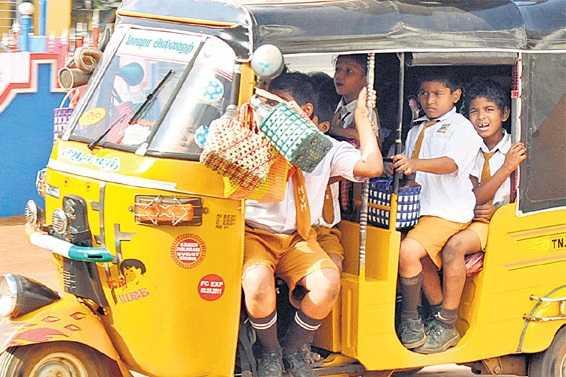 overweight-school-children-warning-for-auto-drivers