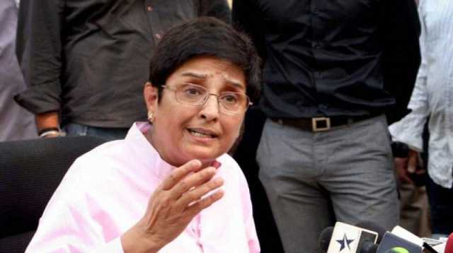 take-a-stand-remain-firm-days-after-clash-with-lawyers-former-top-cop-kiran-bedi-backs-delhi-police