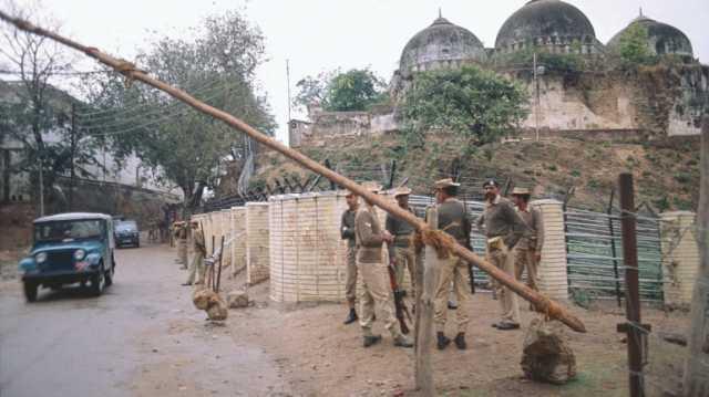 ayodhya-case-verdict-schools-leave-in-up
