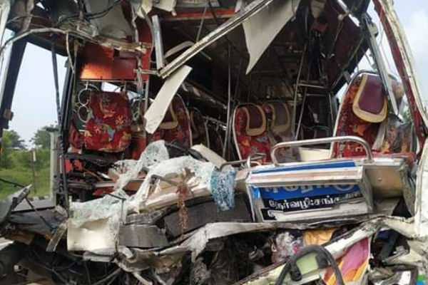 private-bus-collision-driver-died-48-injured