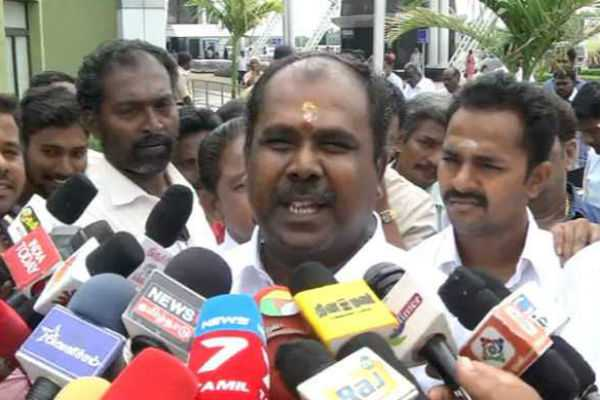 no-need-for-people-afraid-to-be-air-pollution-minister-rb-udayakumar