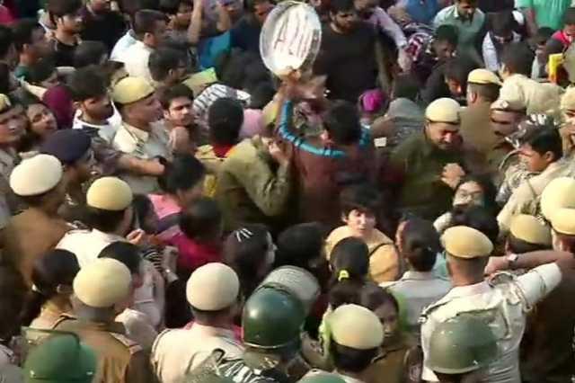 jnu-students-protest-in-delhi