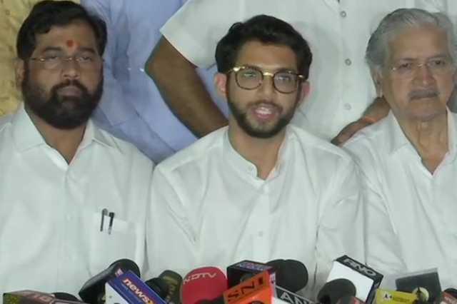 governor-refuses-to-give-time-aditya-thackeray