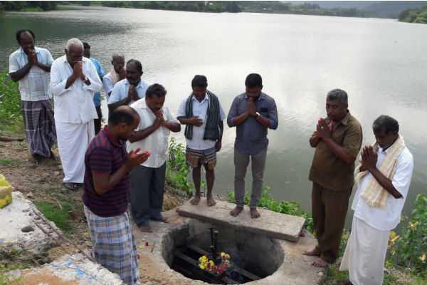 water-opened-from-lake-valasakalpatti-farmers-rejoice