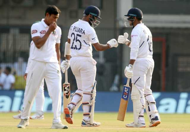 first-test-match-india-at-the-end-of-the-first-day