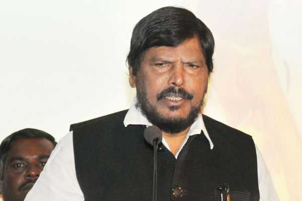 we-will-form-maharashtra-government-with-shiv-sena-amit-shah-to-ramdas-athawale-at-nda-meet