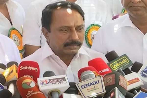 public-exam-to-tamil-english-and-maths-only-for-class-5-8-minister