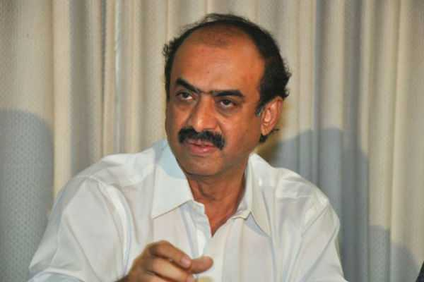 it-raid-in-producer-suresh-babu-s-home-and-offices