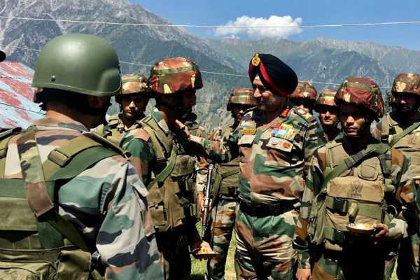 avalanches-ceasefire-violations-will-take-place-stay-alert-northern-army-commander-tells-troops