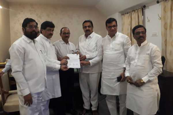 congress-ncp-shiv-sena-leaders-submitted-a-letter-of-mlas-supporting-their-alliance