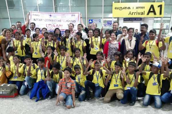 the-rotary-club-took-poor-simple-students-on-the-plane