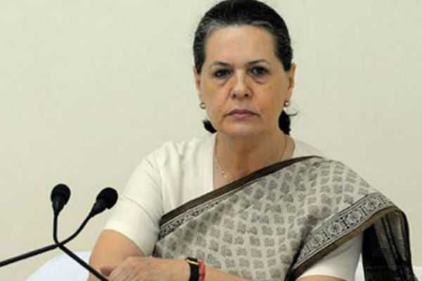 sonia-alleges-profitable-psus-sell-to-modi-s-friends