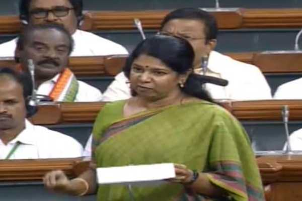 people-are-hit-by-rising-prices-of-onions-kanimozhi
