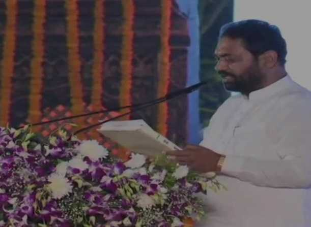 maharashtra-six-more-sworn-in-as-ministers
