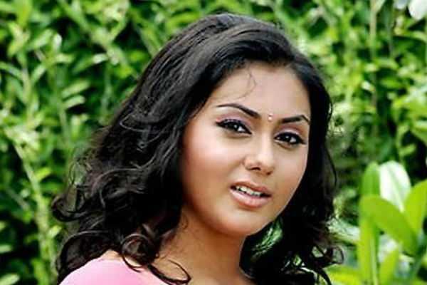namitha-joins-bjp