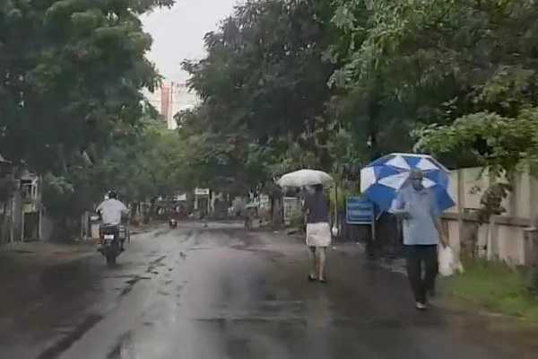 heavy-rains-expected-for-next-2-days-in-chennai-northeast-monsoon-rains-this-year