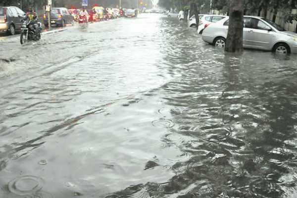 leave-for-schools-in-tuticorin-due-to-heavy-rain