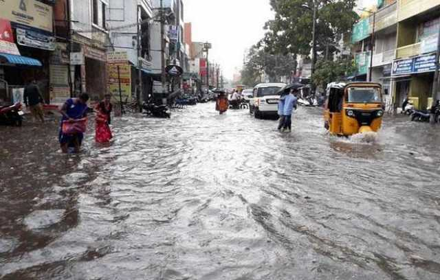 schools-colleges-holiday-today-due-to-heavy-rain