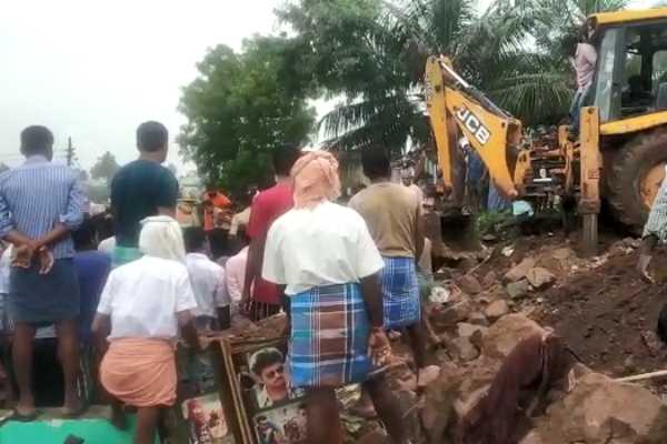 wall-collapsed-in-coimbatore