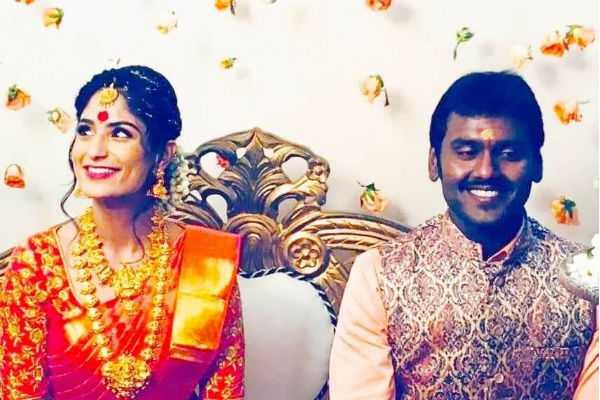 vijaya-prabhakaran-engagement