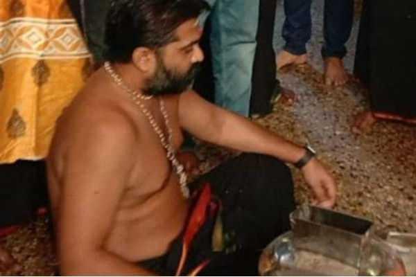 simbu-who-went-to-sabarimala-after-27-years